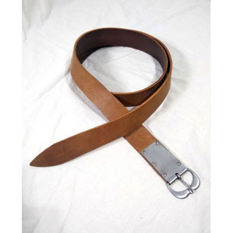 Simple belt with iron buckle